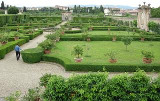800px-villa_la_quiete_giardino_02